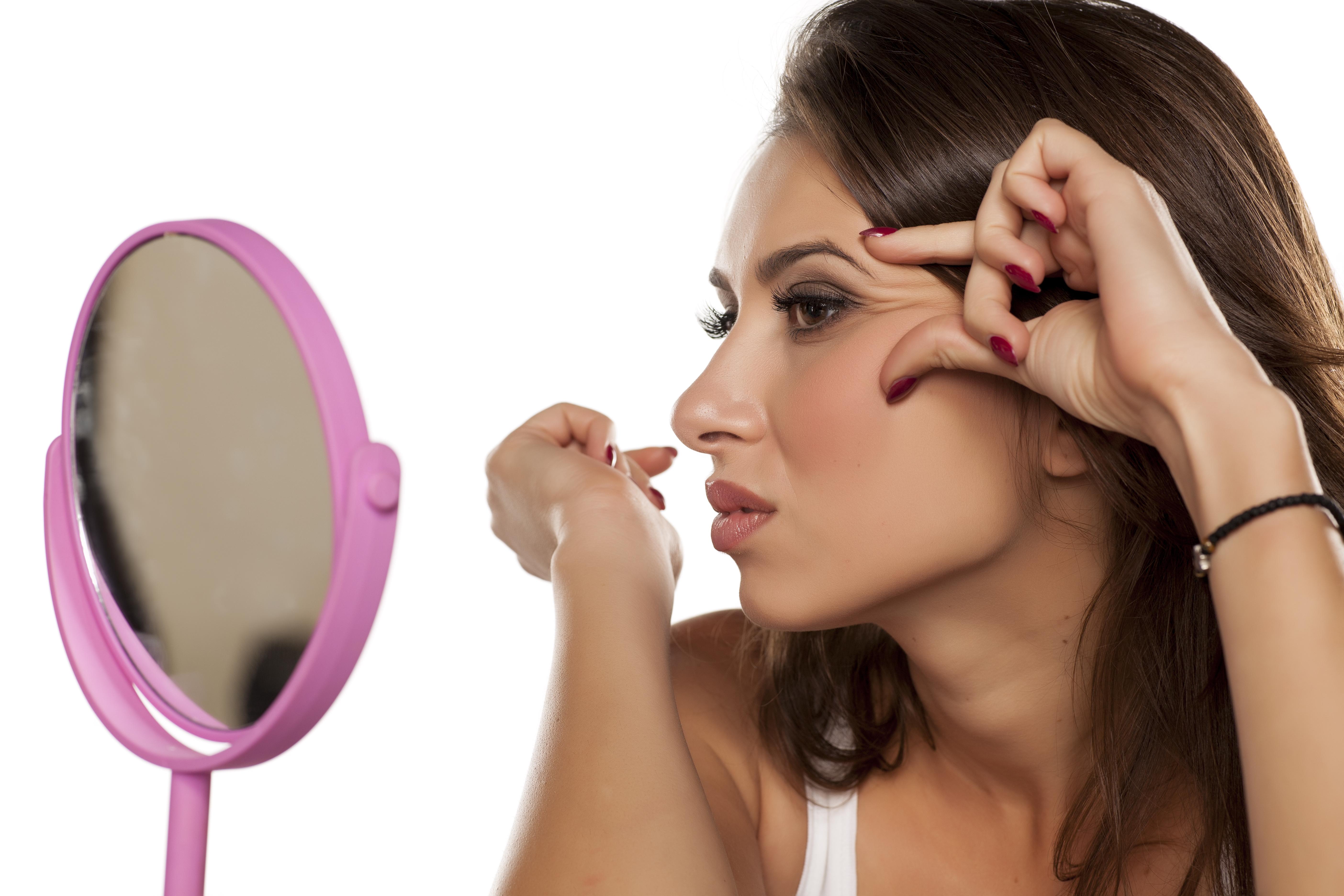 Priešlaikinės raukšlės, veido valymas Klaipedoje, kosmetologe